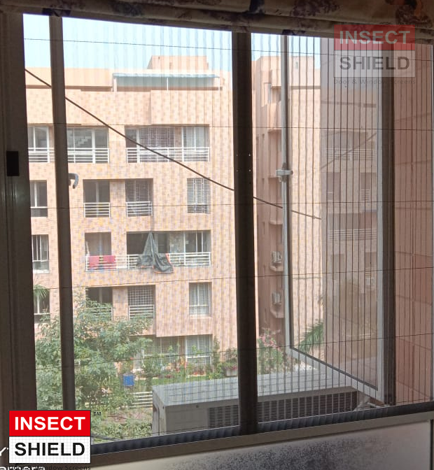 pleated mosquito net for window
